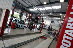 Garage Equipment, workshop design, workshop planning, automotive test lane, MOT bay